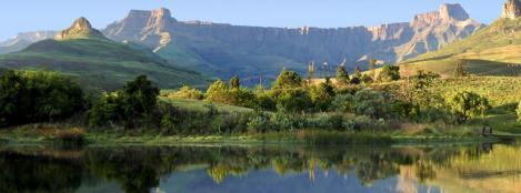 Cathedral Peak Drakensberge Südafrika