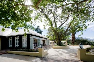 #blueskytravel #reisespezialist #südafrika #thedevonvalleyhotel #stellenbosch