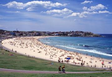 #bondibeach #sydney #blueskytravel #australien