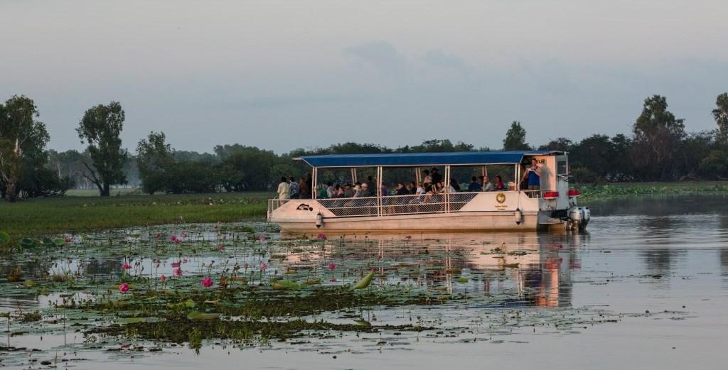 Sunrise Cruise Yellow Water Kakadu Nationalpark Northern Territory