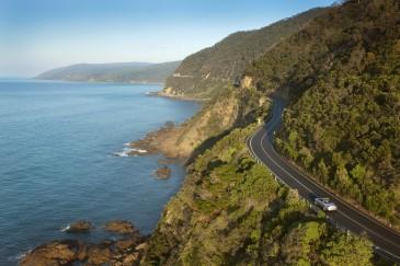 Auto auf der Great Ocean Road Victoria Australien