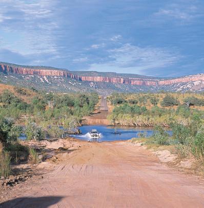 Flussquerung Gibb River Road Kimberleys Westaustralien Australien Quadrat