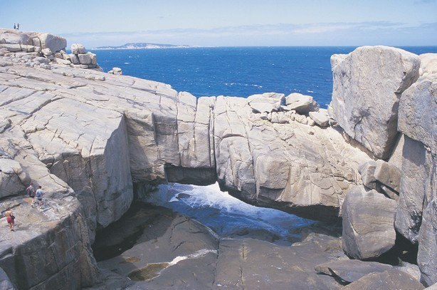 The Natural Bridge Torndirrup Nationalpark Albany Westaustralien WA