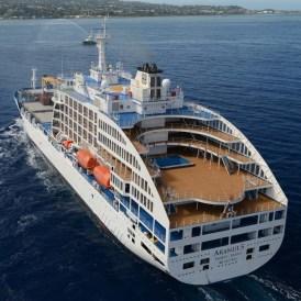 Heck Aranui 5 auf See Marquesas Inseln Französisch Polynesien Tahiti