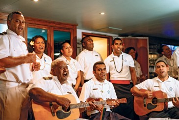 Darbietung der Crew MV Fiji Princess Blue Lagoon Cruises Fidschi