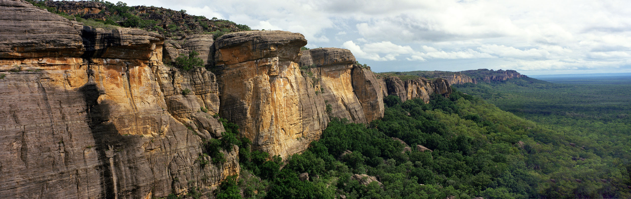 Abbruchkante im Kakadu Nationalpark Northern Territory NT Australien Header